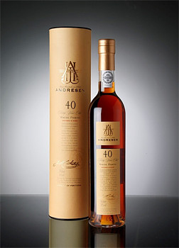 J.H. Andresen 40 Year Old White Port